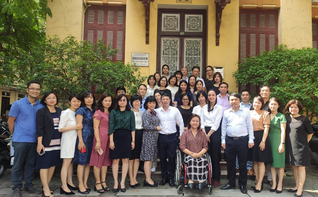Xây dựng phần mềm quản lý giáo dục người khuyết tật Việt Nam