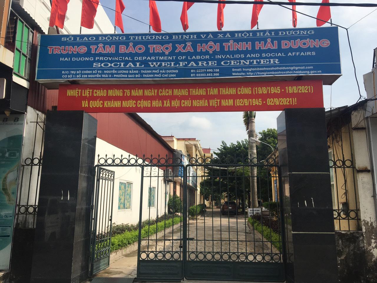 Ủng hộ thiết bị học tập cho học sinh khuyết tật tại Trung tâm Bảo trợ xã hội tỉnh Hải Dương